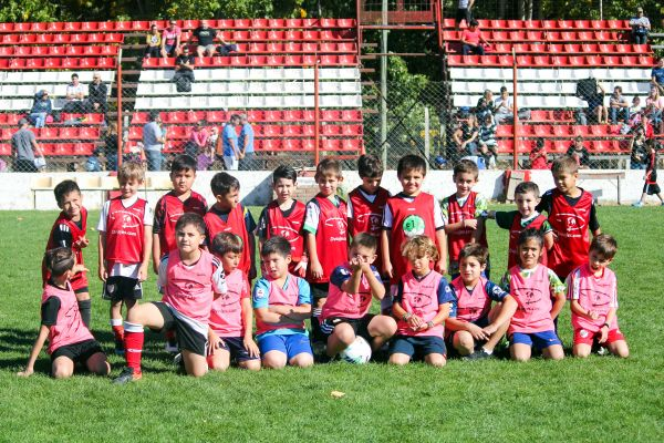 Multitudinario encuentro en el Club Independiente de Neuquén