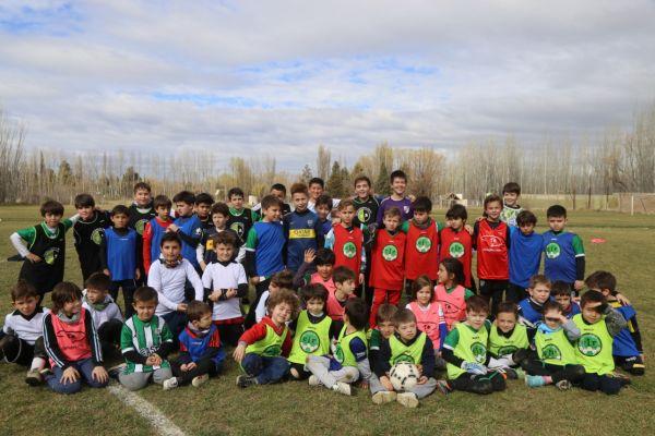 Fútbol y Slackline festejaron el Día del Niño en Santa Irene